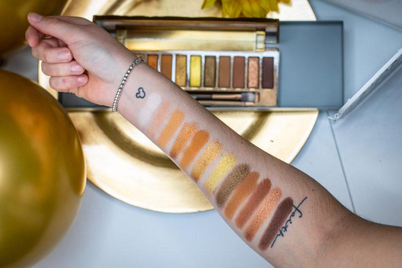1600-beautyblogger-beauty-urbandecay-urbandecayhoney-honey-honeypalette-swatches-gold-violetfleur-nadjanemetz-nadja-nemetz-violet-fleur--4