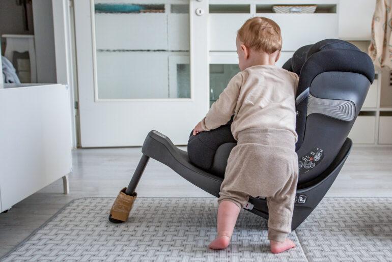 Der richtige Auto Kindersitz & Tipps zur Fahrsicherheit mit Baby