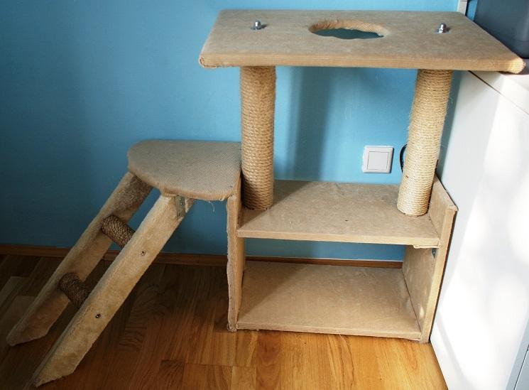 diy kratzbaum violetfleur. Black Bedroom Furniture Sets. Home Design Ideas