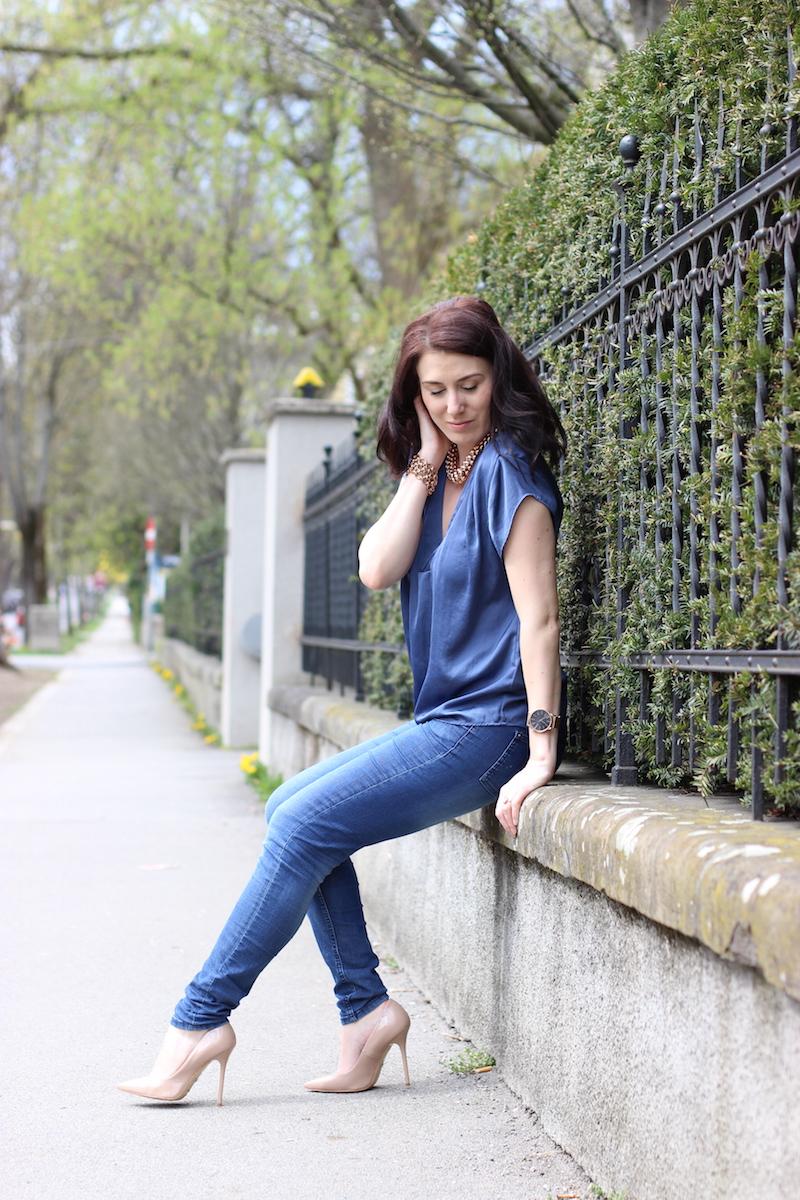 outfit-mode-fashion-jeans-denim-blue-blau-rotgold-rosegold-nude-heels-highheels-buffalo-boots-komono-4