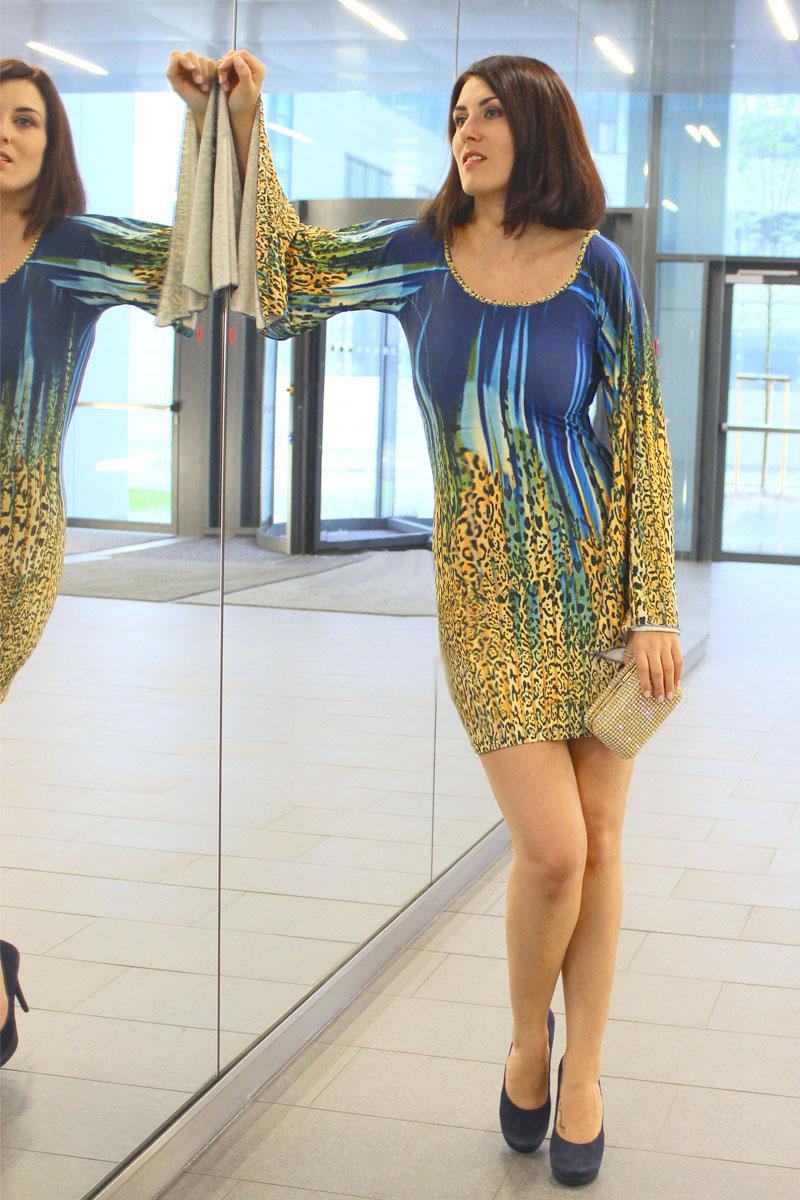 Pfau_3_party_dress