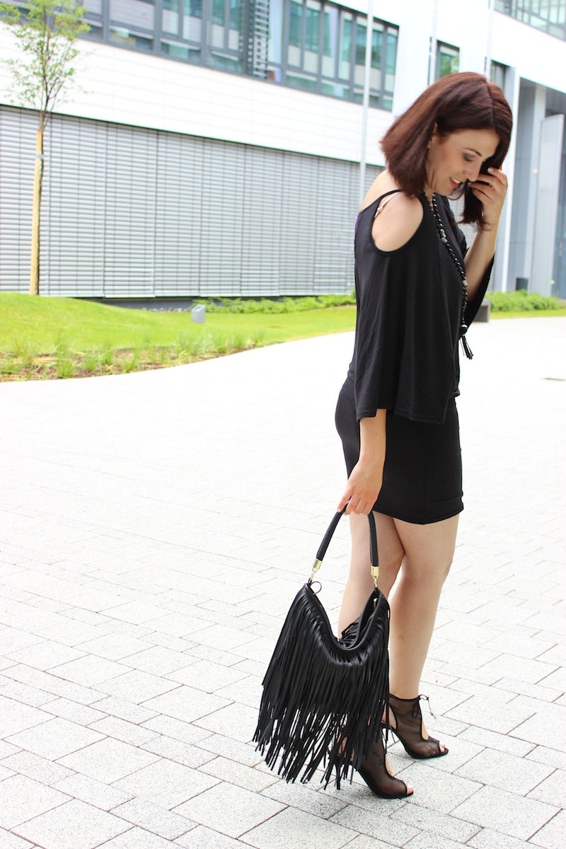 black_dress_5_schwarz