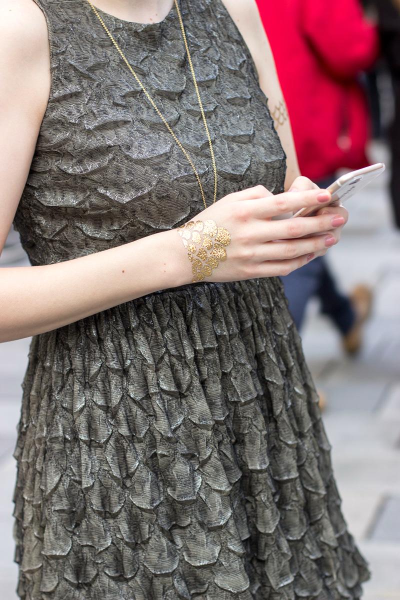 modetattoo-temporary-tattoo-gold-silber-silver-trend-prtty-kleid-dress-5