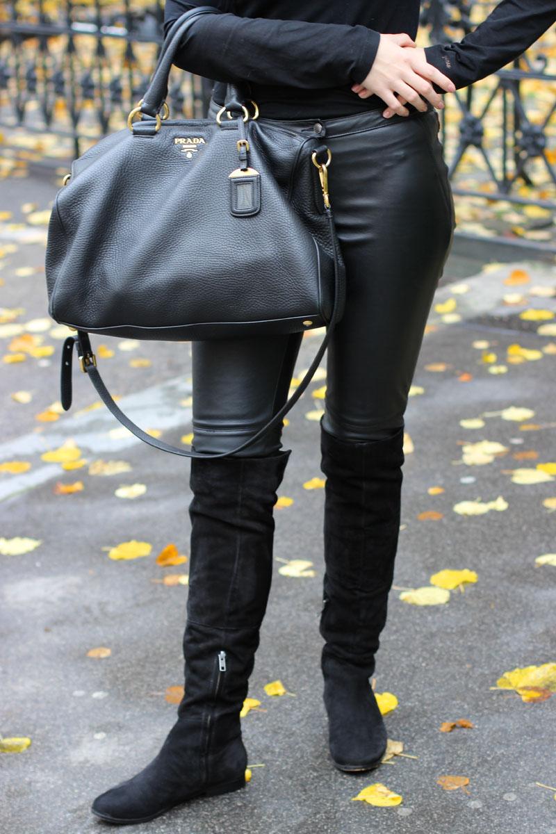 outfit black leather and overknees violetfleur. Black Bedroom Furniture Sets. Home Design Ideas